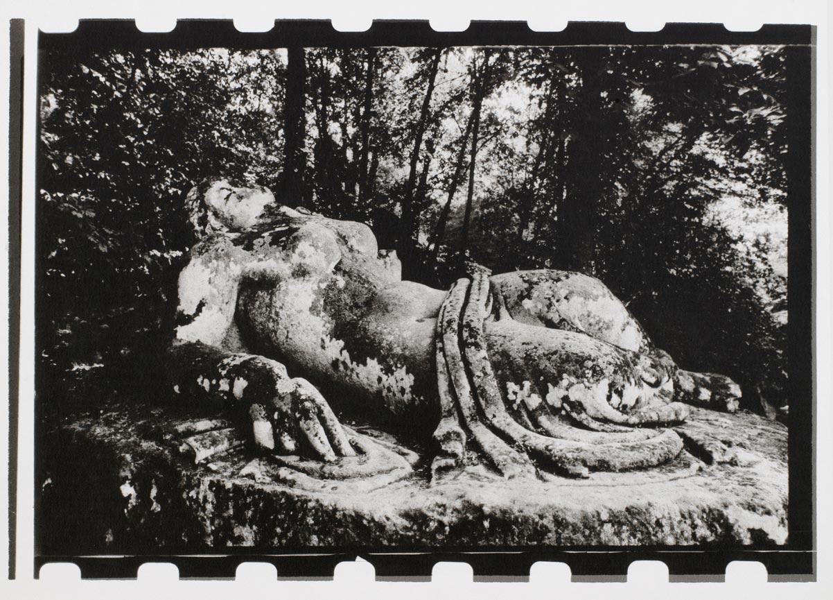 Gardens-of-Bomarzo-François-Halard-004